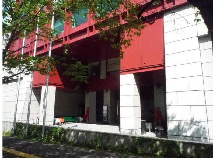 イタリア 文化 会館